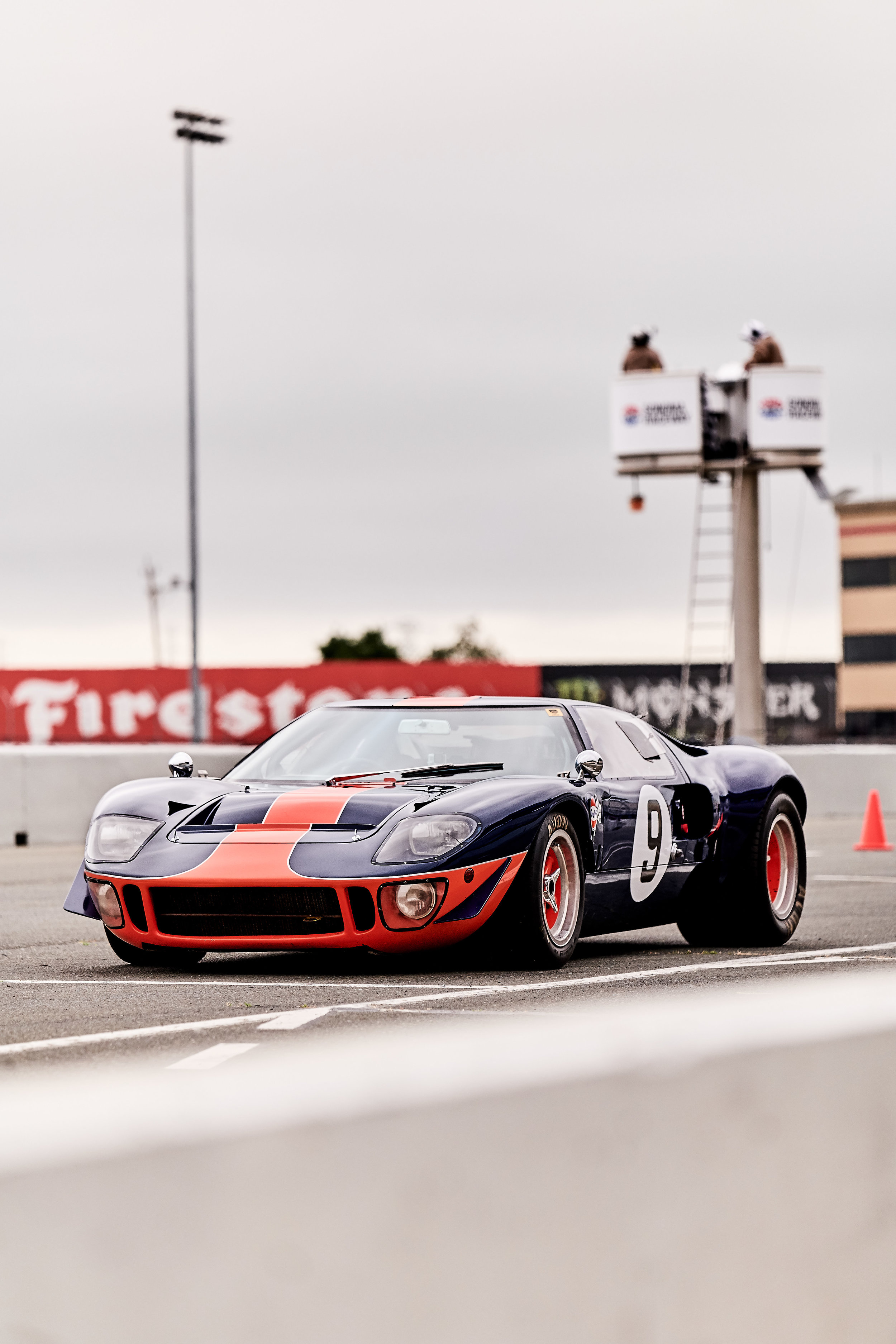 1966 Ford GT40 (Chassis #1051)