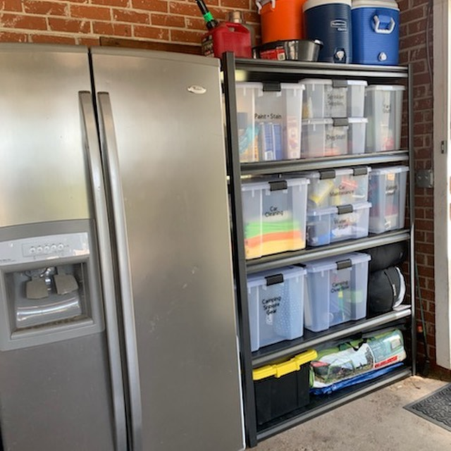 We spent our holiday break doing a quick garage organization.  For garages and basements we recommend using weathertight bins that keep out bugs & water. Check out our Favorite Products page on our website for our favorite garage bins! ▫️ ▫️ #garagemakeover #organizedmom #organizedhome #myhome #garagegoals #organizedmom #declutter #declutteryourlife #simplify #outdoorliving #thegreatoutdoors