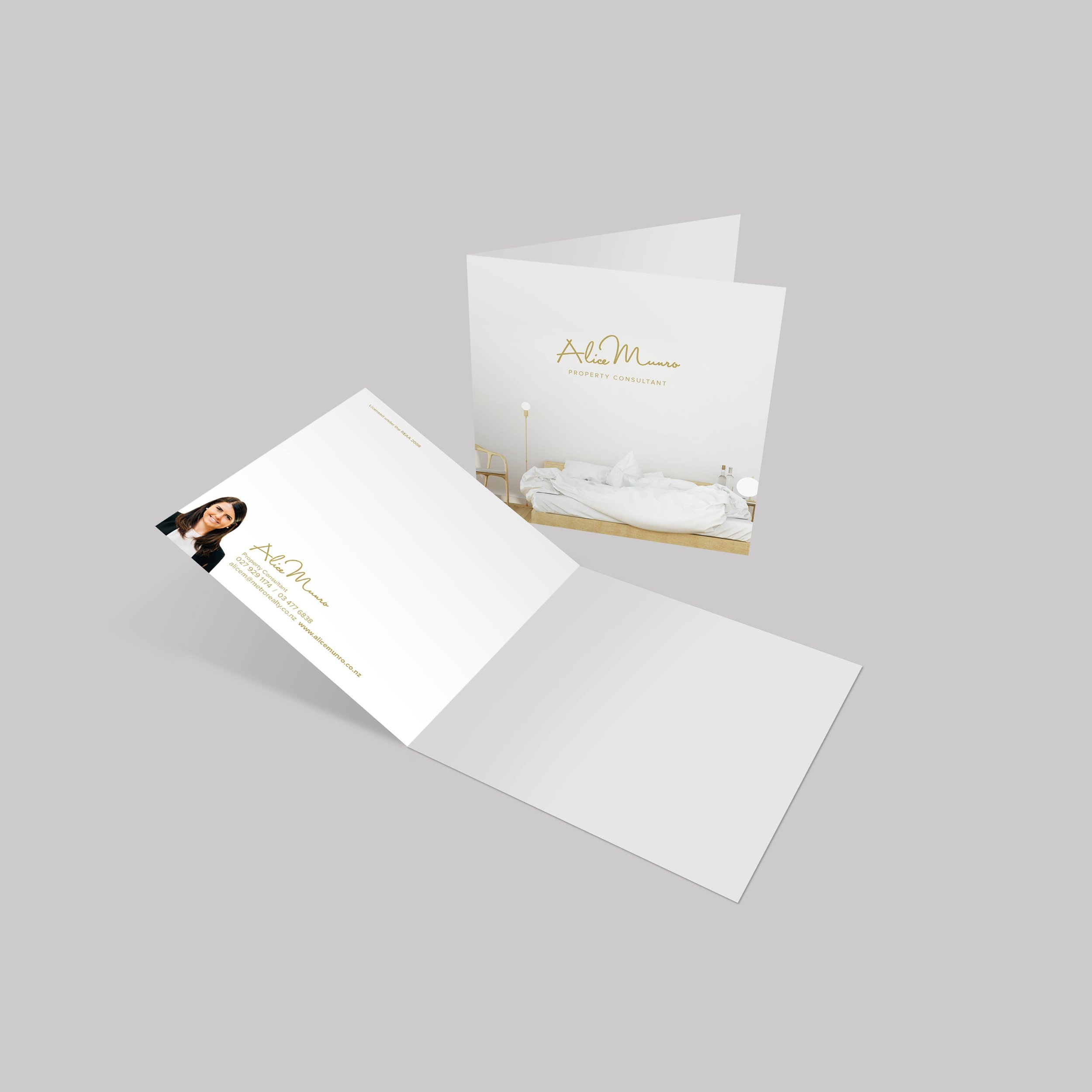 Alice Munro - Greeting Card (square)-min.jpg