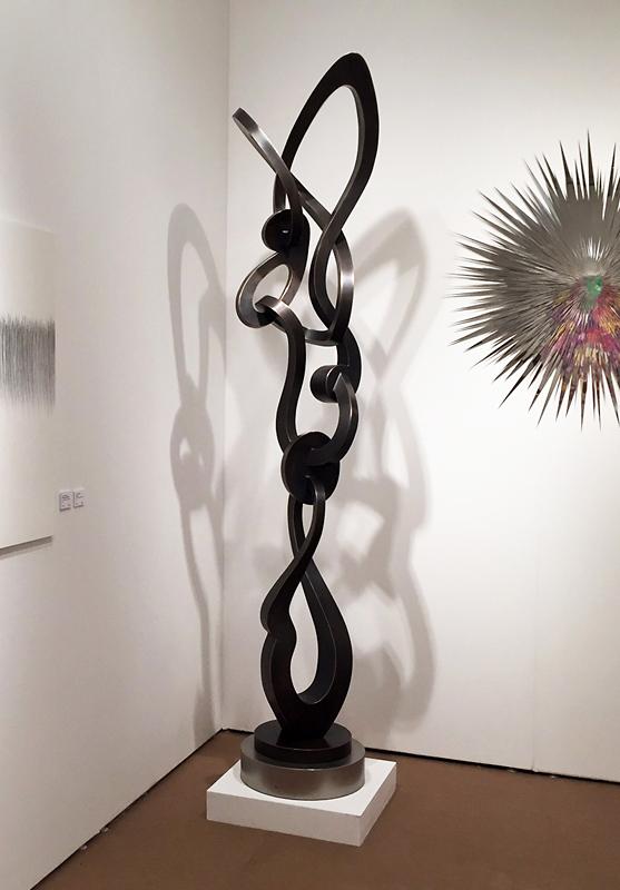 Kevin Barrett Sculpture - Groove - Palm Beach.jpeg