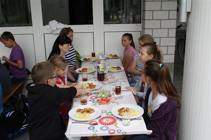 THH_2019-06-14 Ludothek, Gibeleich,Basteln - 22.JPG