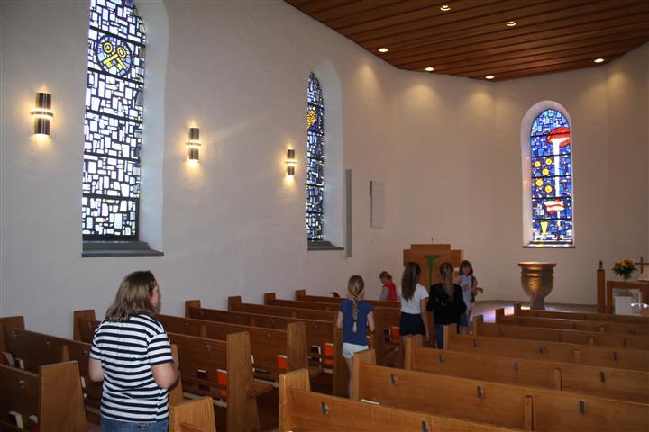 2019-06-24 Kirche Pfungen , Rheinfall - 09.JPG
