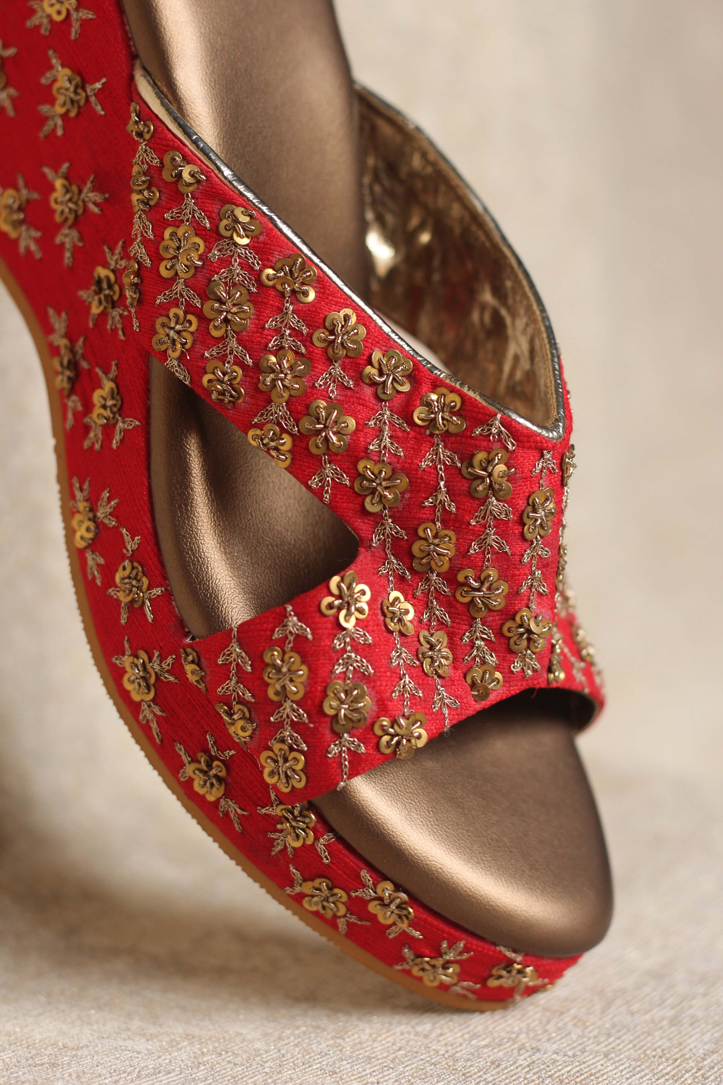 CLARET - Zardozi with sequins in the perfect colour, makes it a perfect pair for the perfect bride