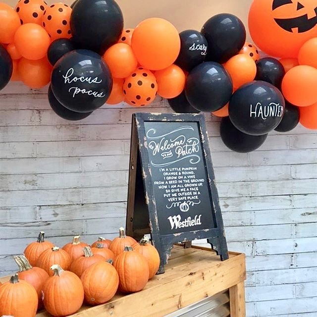 Gettin' in the spirit for @westfieldgar's #Halloween themed game night! Thanks to @lamplight_lettering for adding some flare 🙌🏼🎃