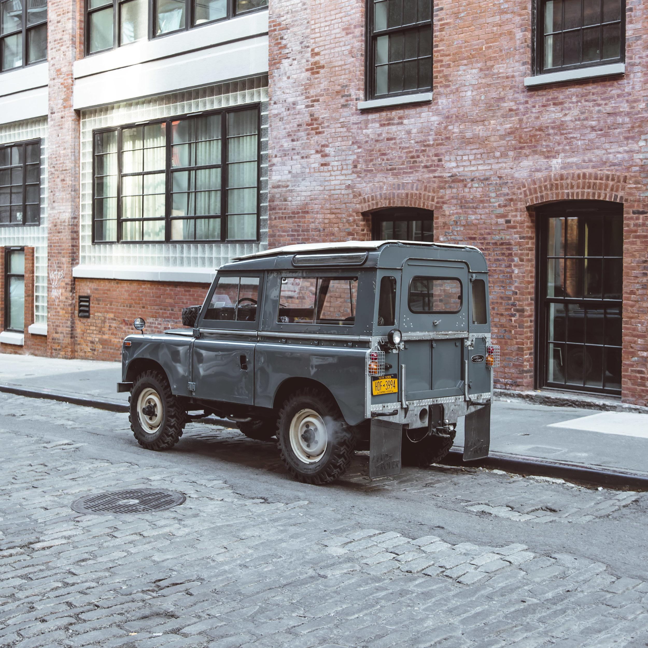 xlarge_1972_Land_Rover_Series_III_05.jpg