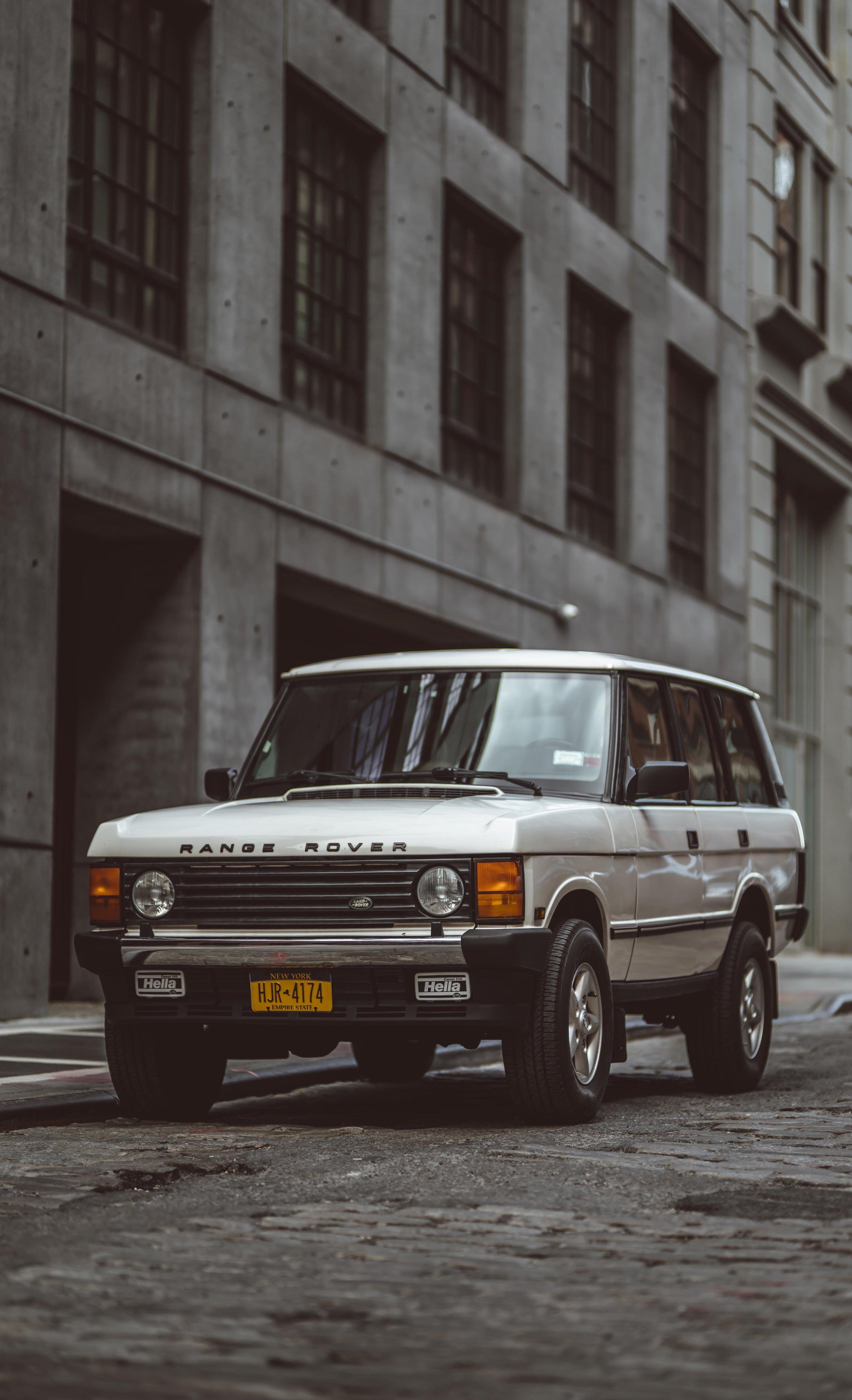 2xlarge_1995_Range_Rover_Classic_white_0012_Layer 26.jpg