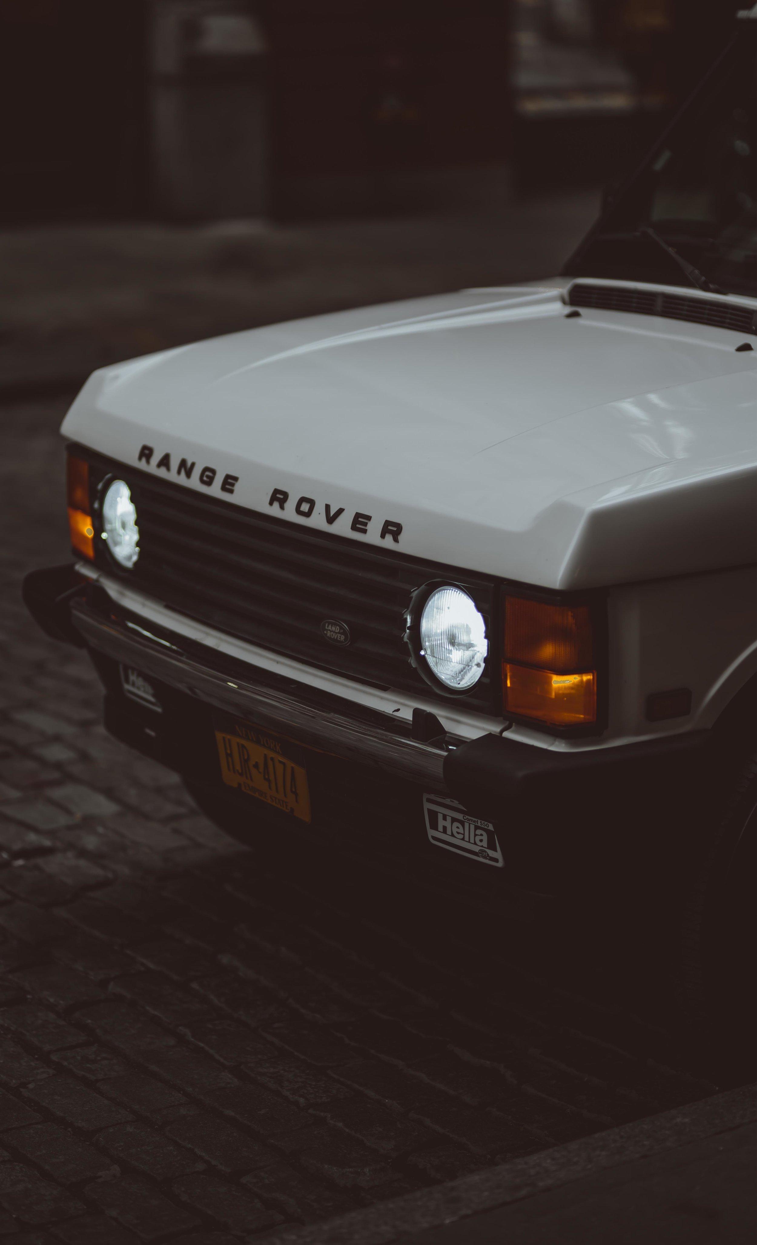 2xlarge_1995_Range_Rover_Classic_white_0018_Layer 20.jpg