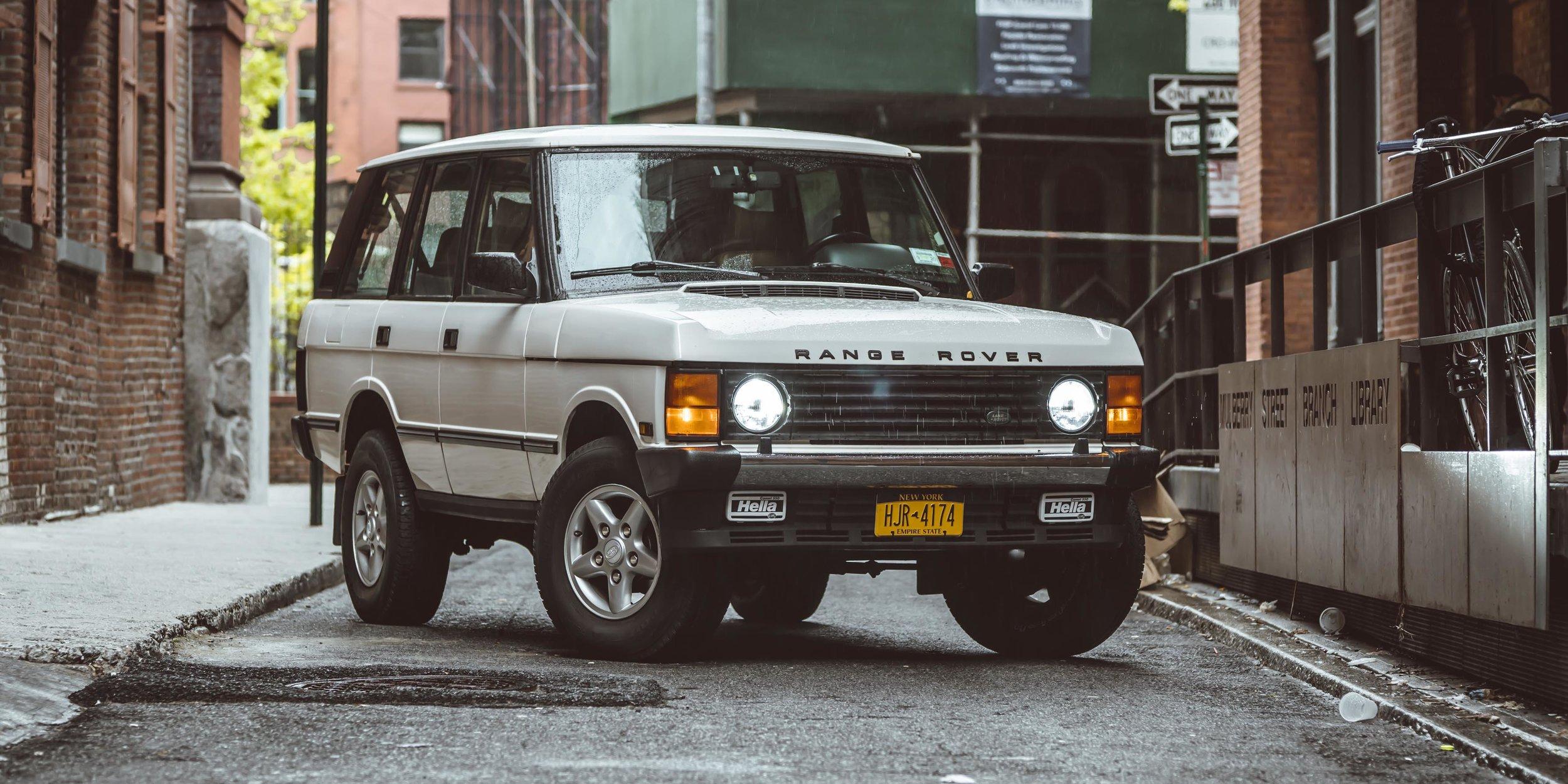 large_1995_Range_Rover_Classic_white__0005_Layer 19.jpg