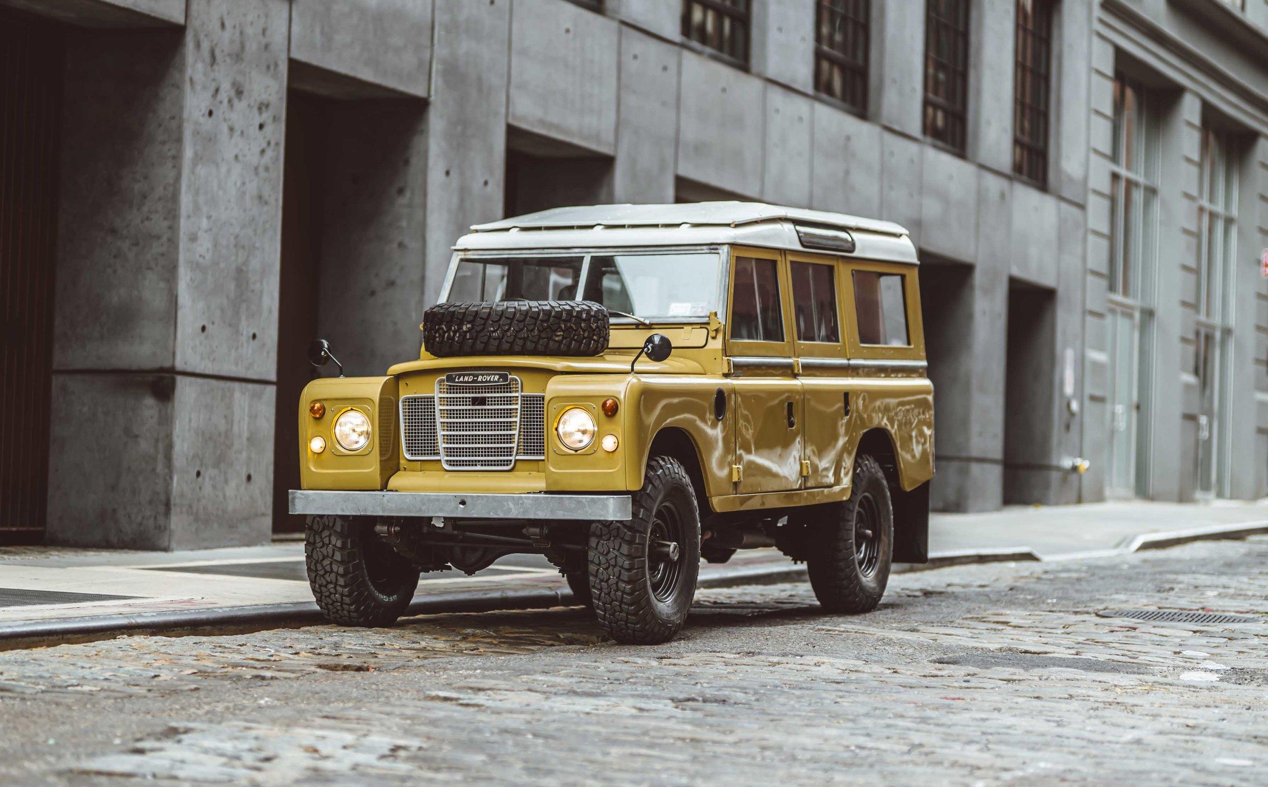 1975_Land_Rover_Series_III_109_Bahama_Gold_Large_0007_Layer 23.jpg