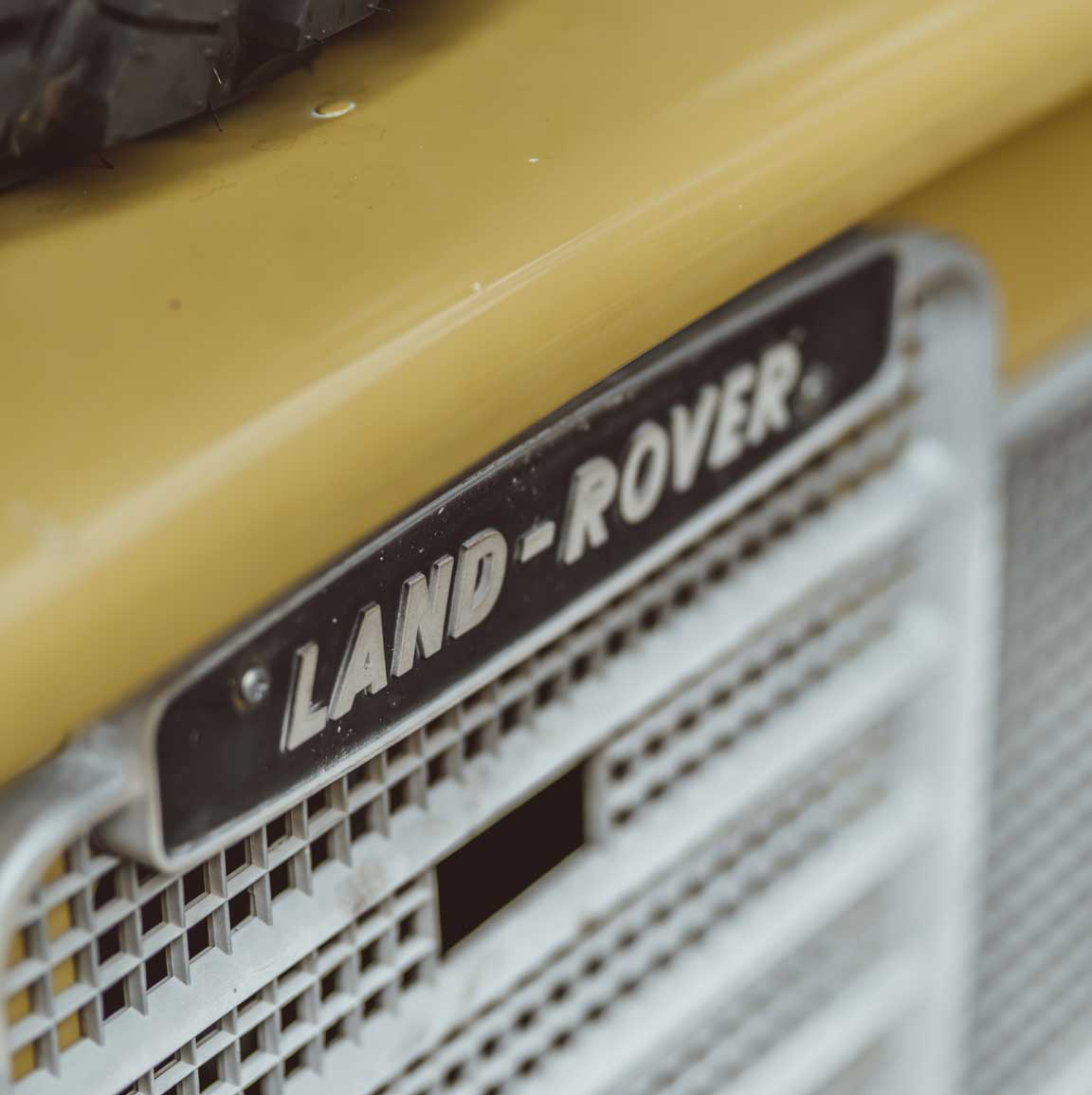 1975_Land_Rover_Series_III_109_Bahama_Gold_Small_0011_Layer 59.jpg
