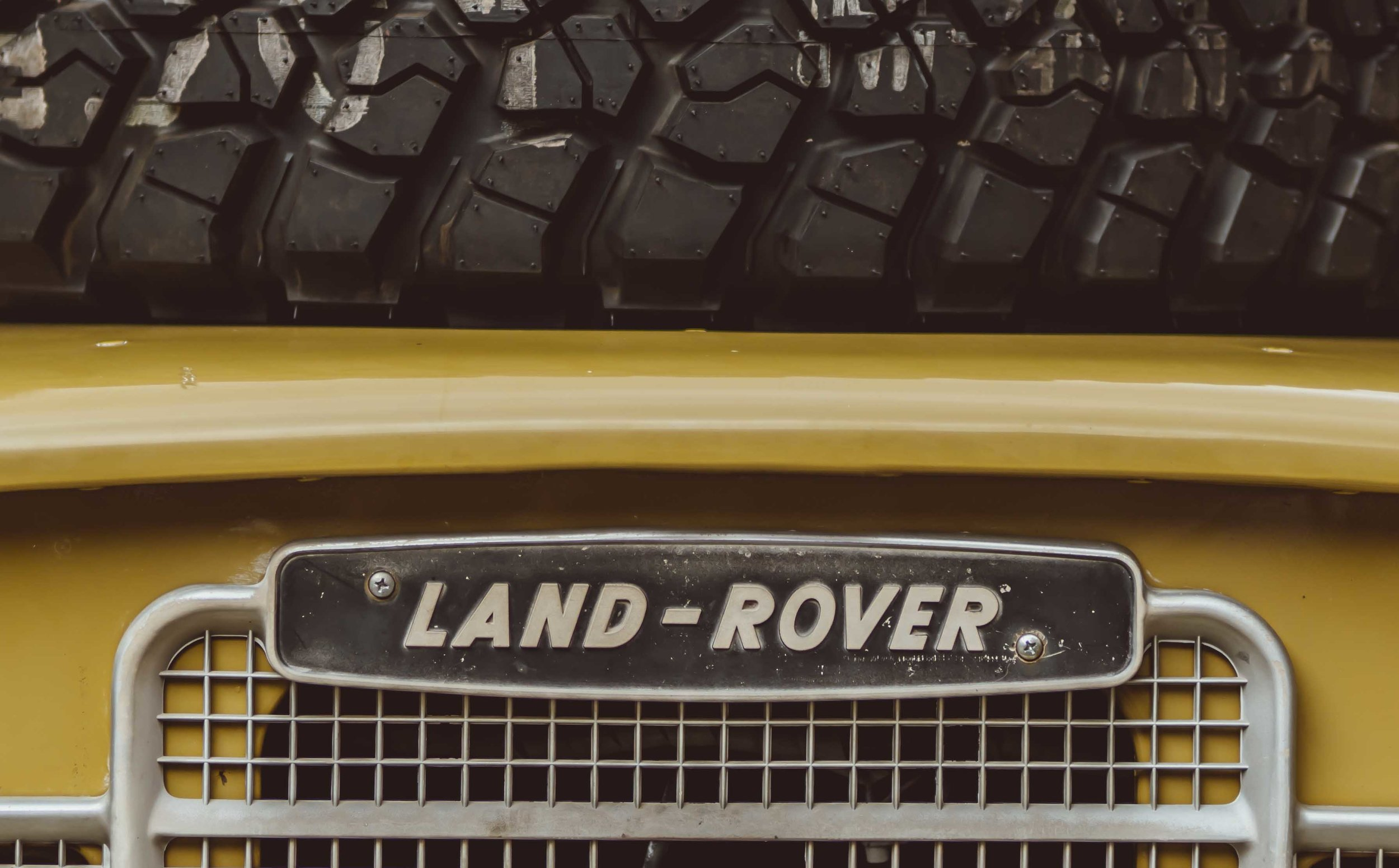 1975_Land_Rover_Series_III_109_Bahama_Gold_Large_0005_Layer 26.jpg