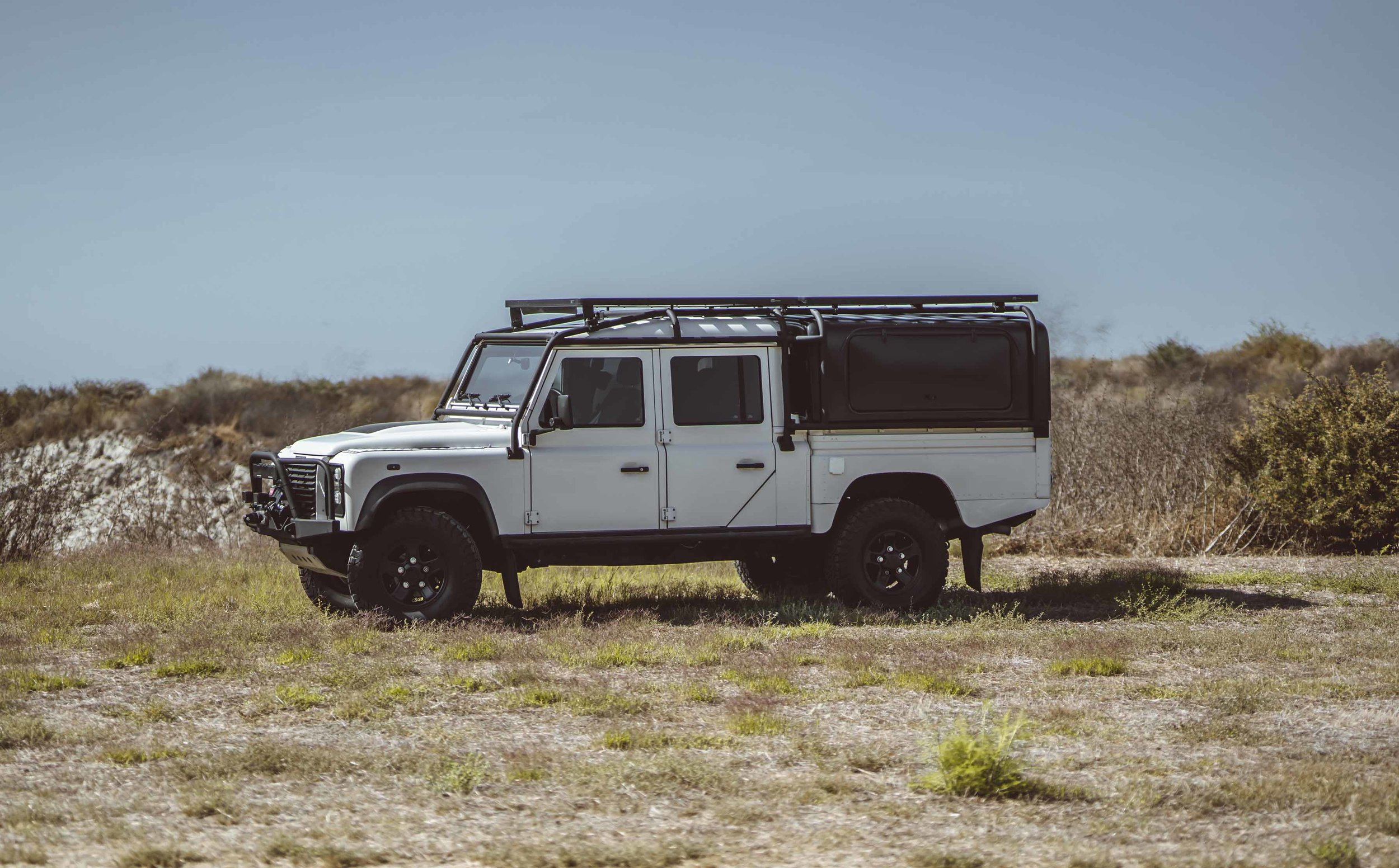 Land_Rover_130_Expedition_large_0002_Layer 40.jpg
