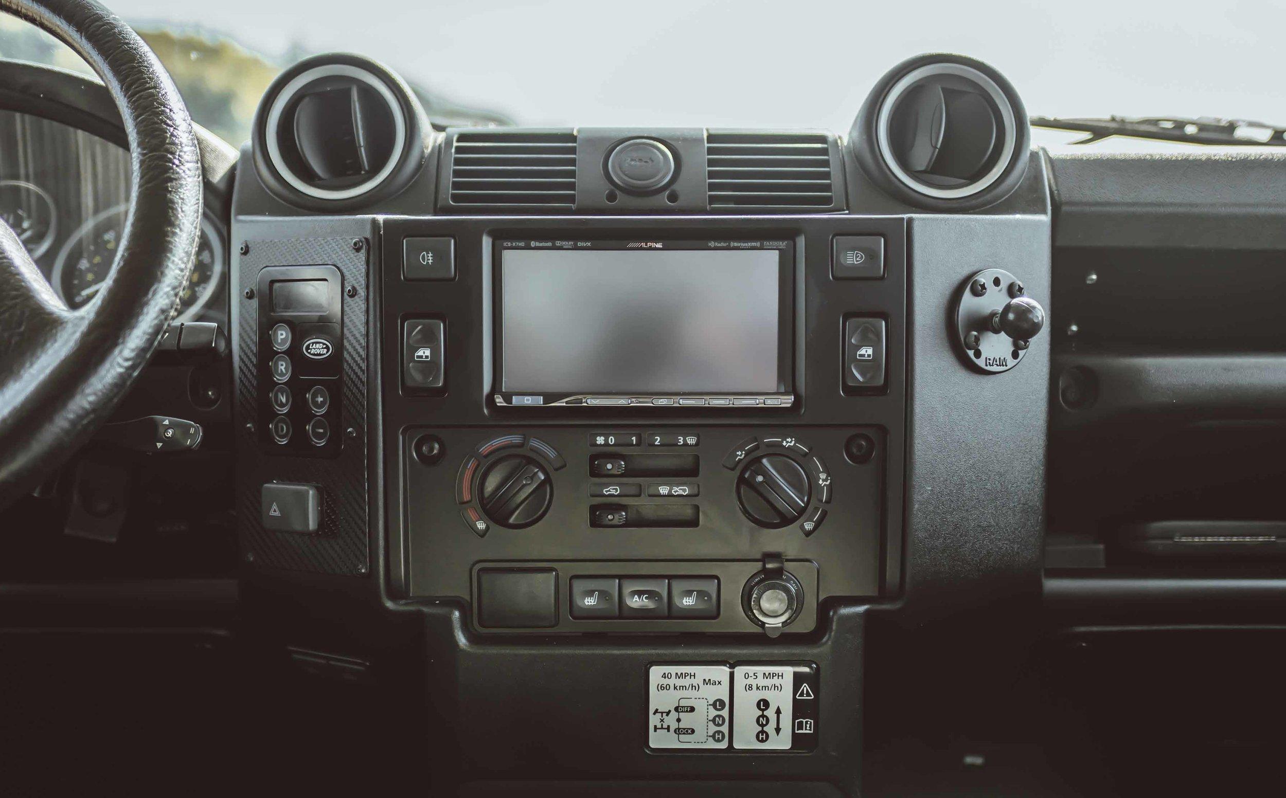 xlarge_1991_Land_Rover_Defender_90_200tdi_11.jpg