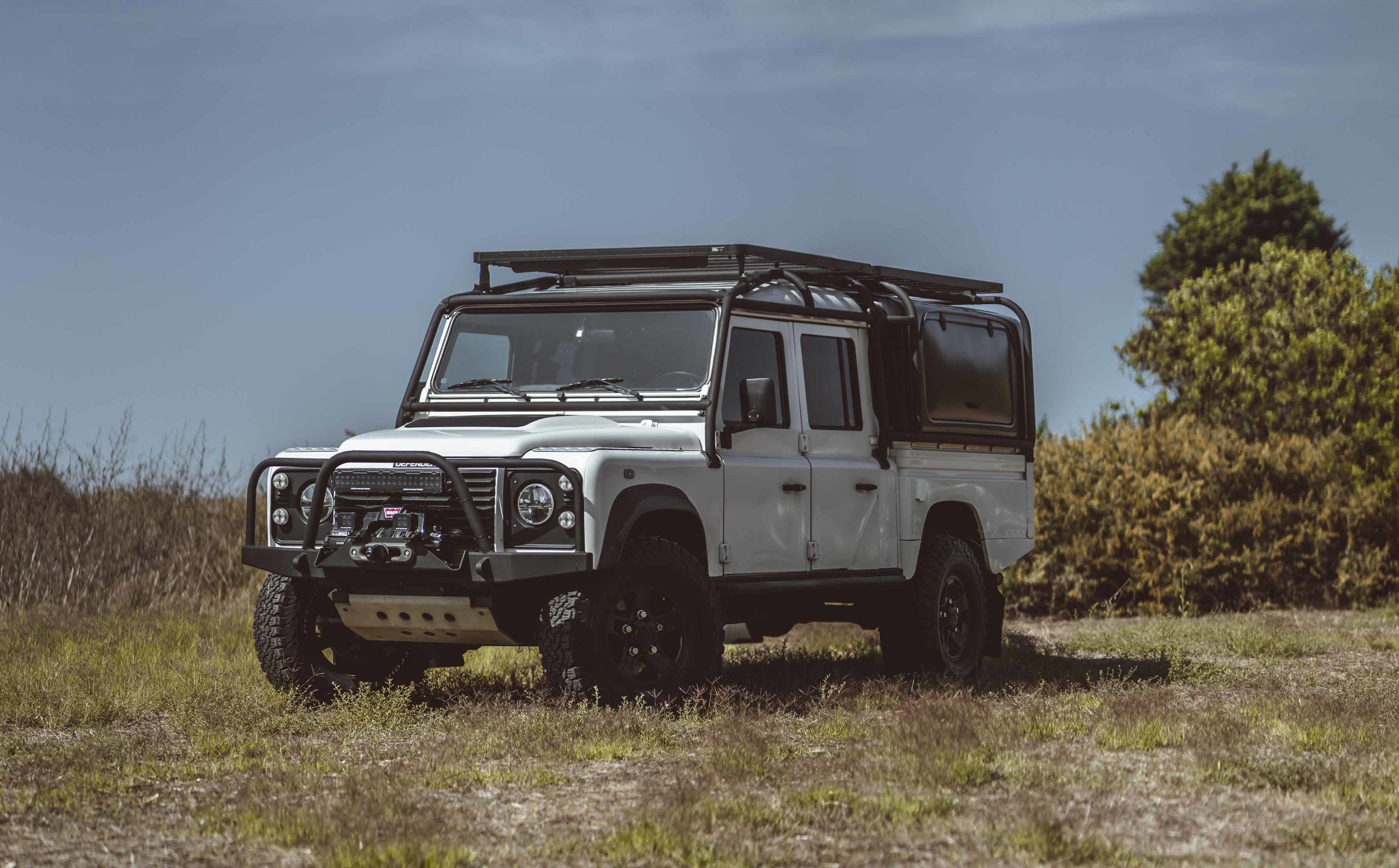 Land_Rover_130_Expedition_large_0006_Layer 34.jpg