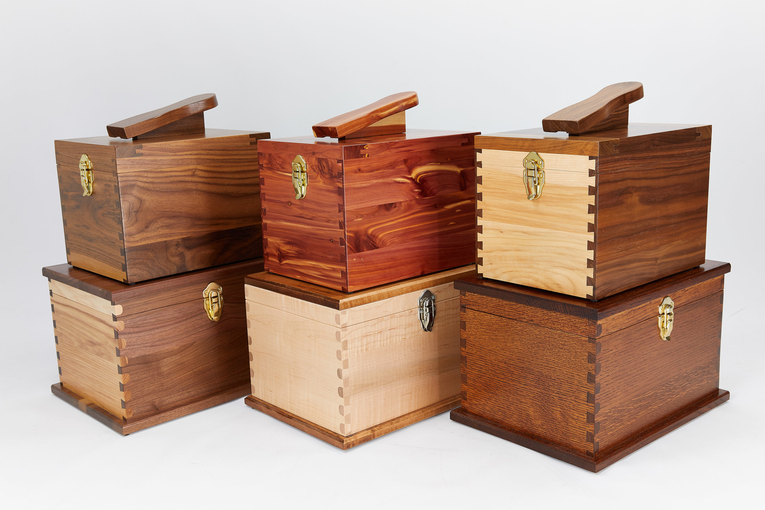 Shoe Shine kit or Keepsake?In five gorgeous hardwoods, these boxes are almost too pretty for polish! -