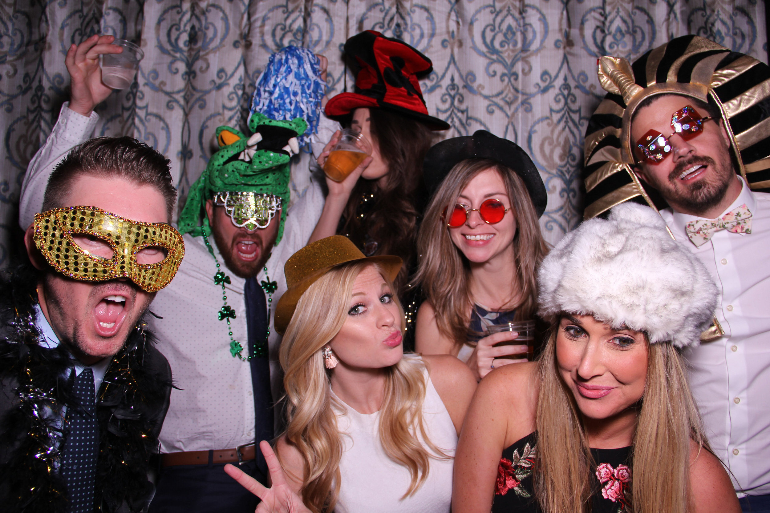 PHOTO-BOOTH -