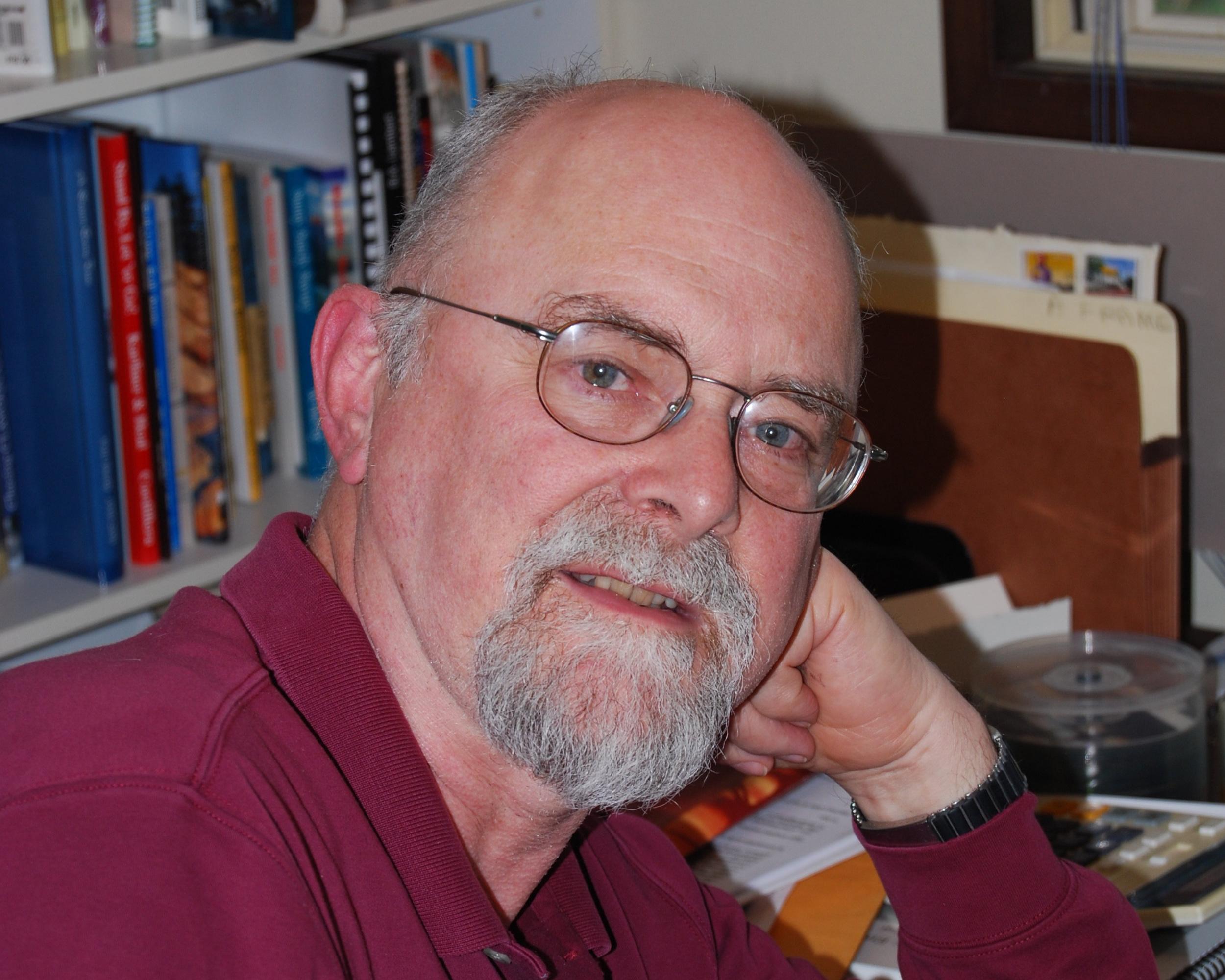 HowardWhite_at+desk+-+Karen+Green.jpg