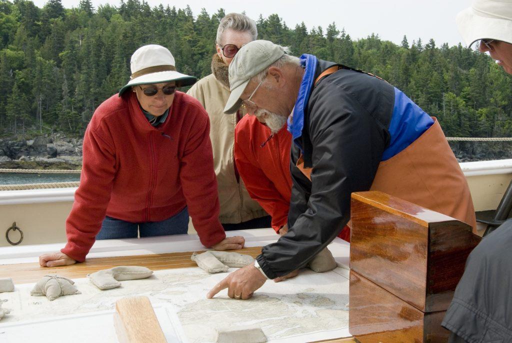 Maine-Windjammer-Teaching-navigation-1024x686.jpg