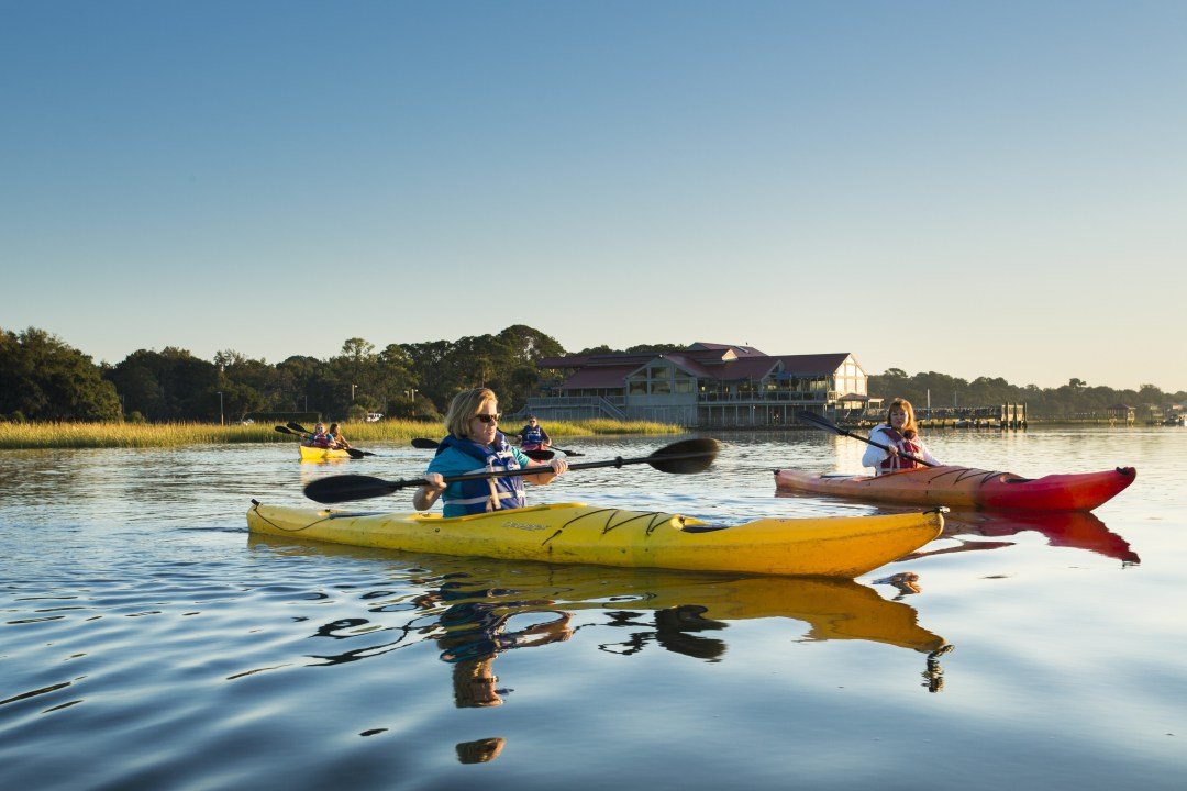HiltonHeadHealth_Kayaking__1.jpg