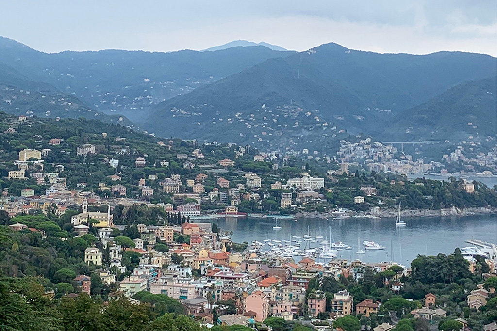The hike starts with a breathtaking view of Santa Margherita.