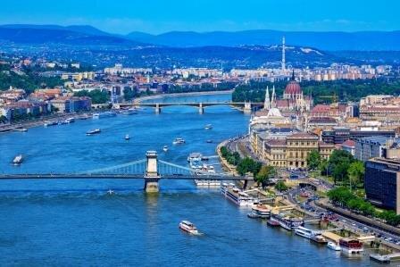 Riverboats on the Danube River at Budapest photo: Olena Korol/Dreamstime.com