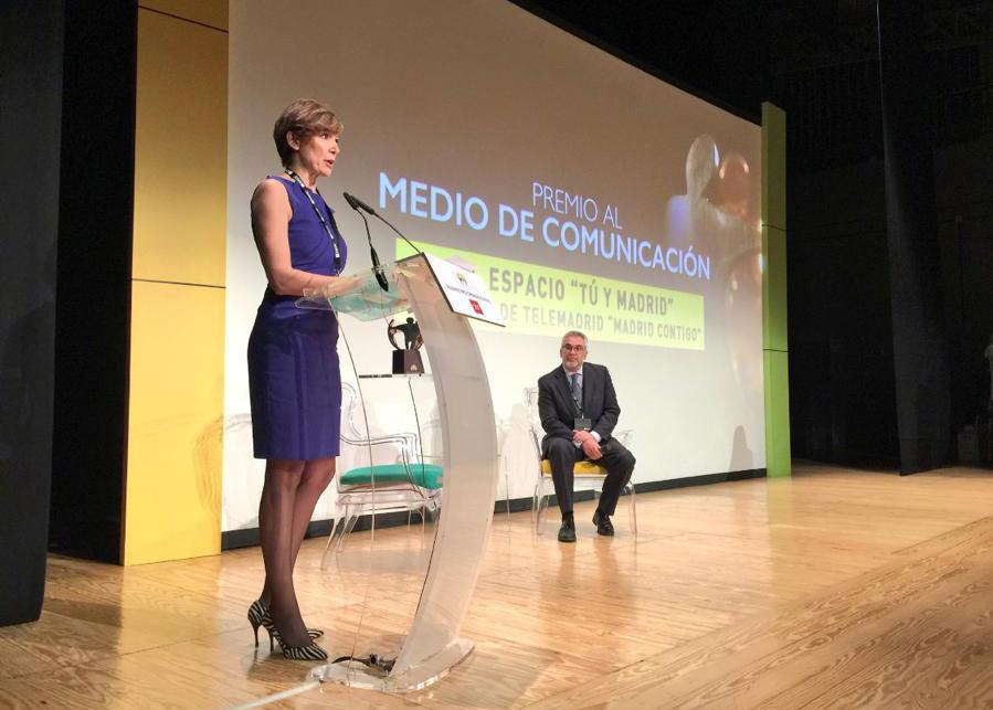 Marta Landín tras recibir el Premio Solidario ONCE a su programa 'Tú y Madrid'