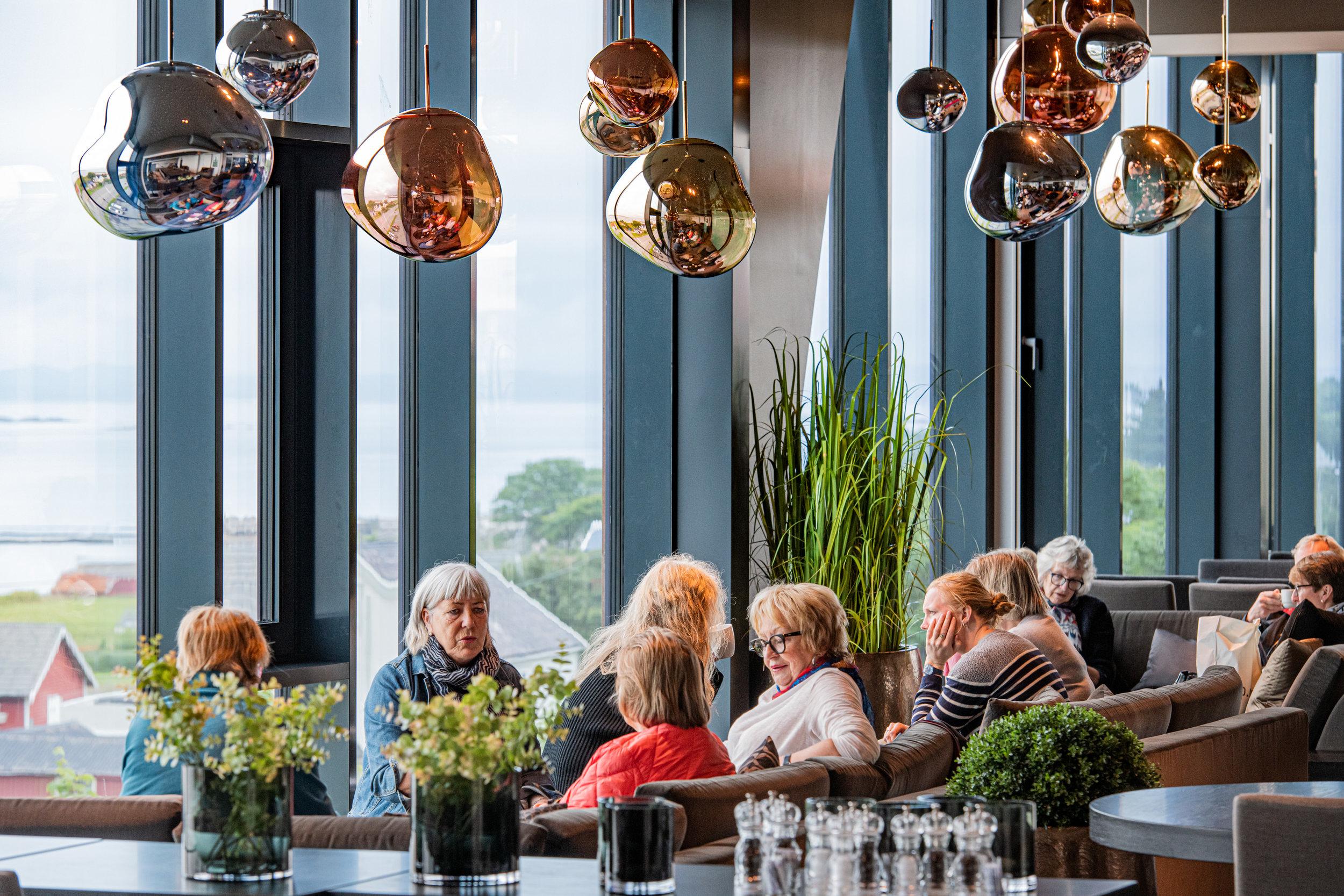 restaurant_2019_-8500045.jpg