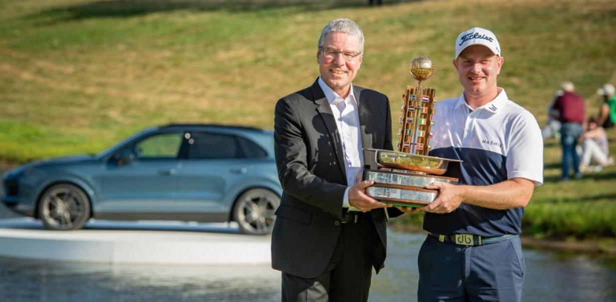 �   Porsche European Open 2018 Champion    wird    Richard MCEVOY    🇸🇪 I Bildquelle:    www.newsroom.porsche.com