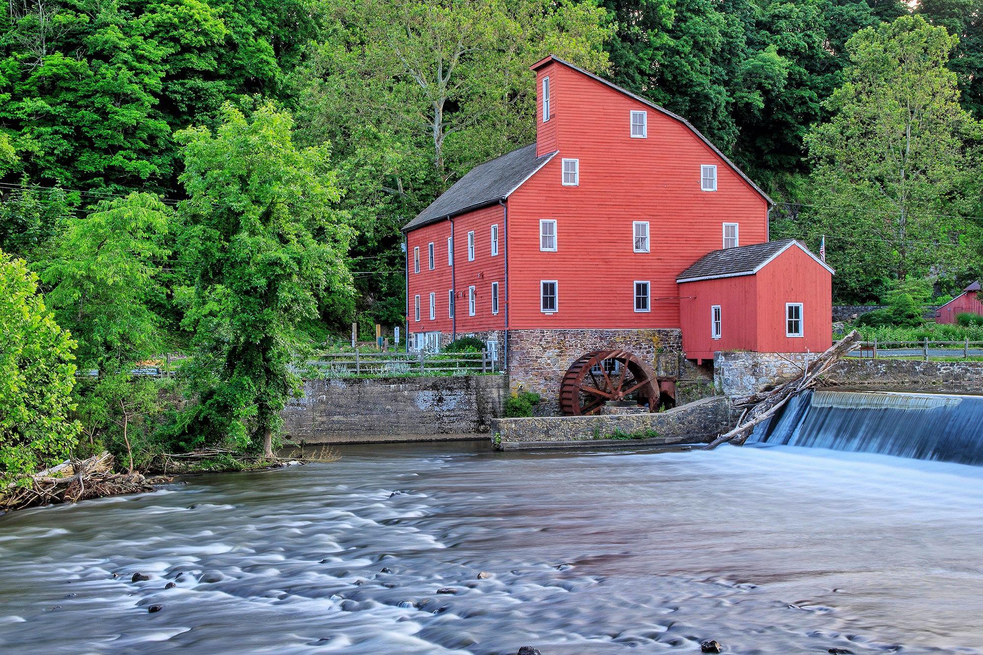 Red-Mill-1.JPG