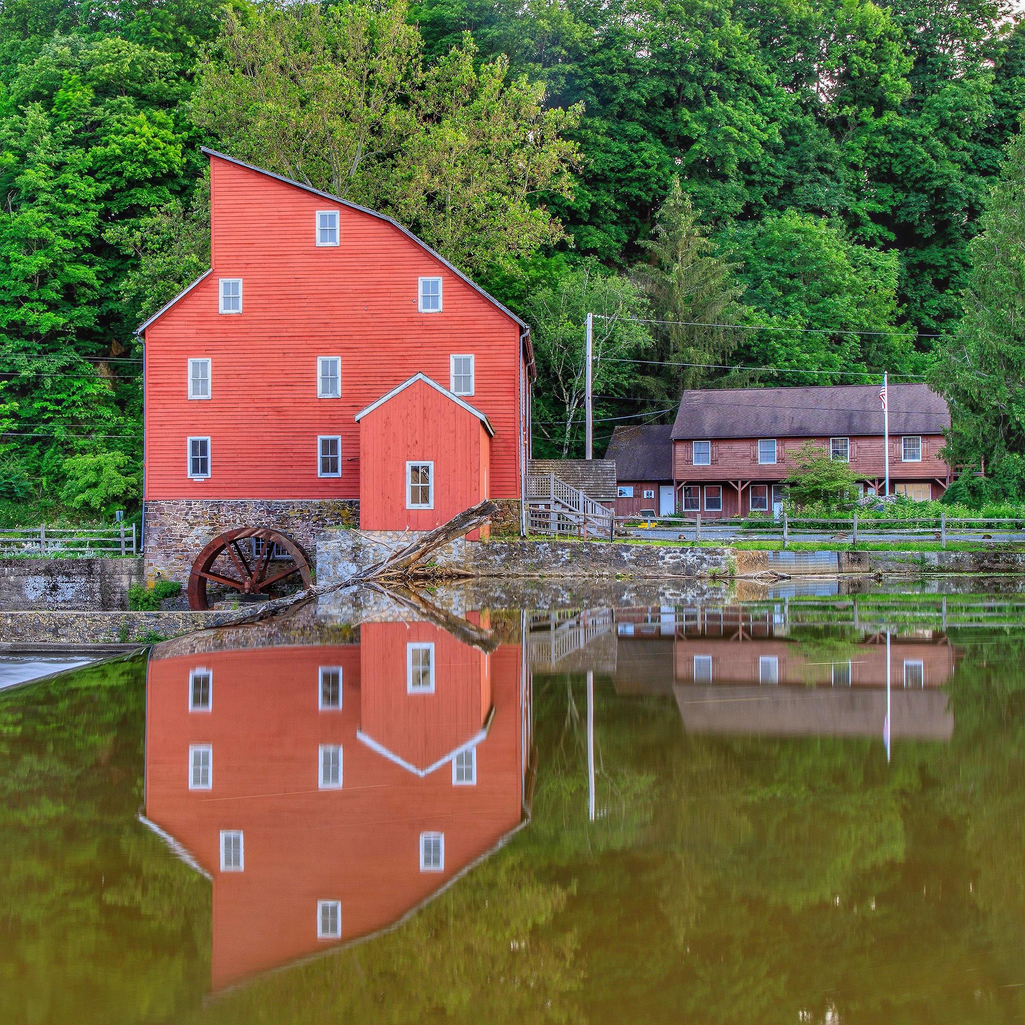 Red-Mill-2.JPG