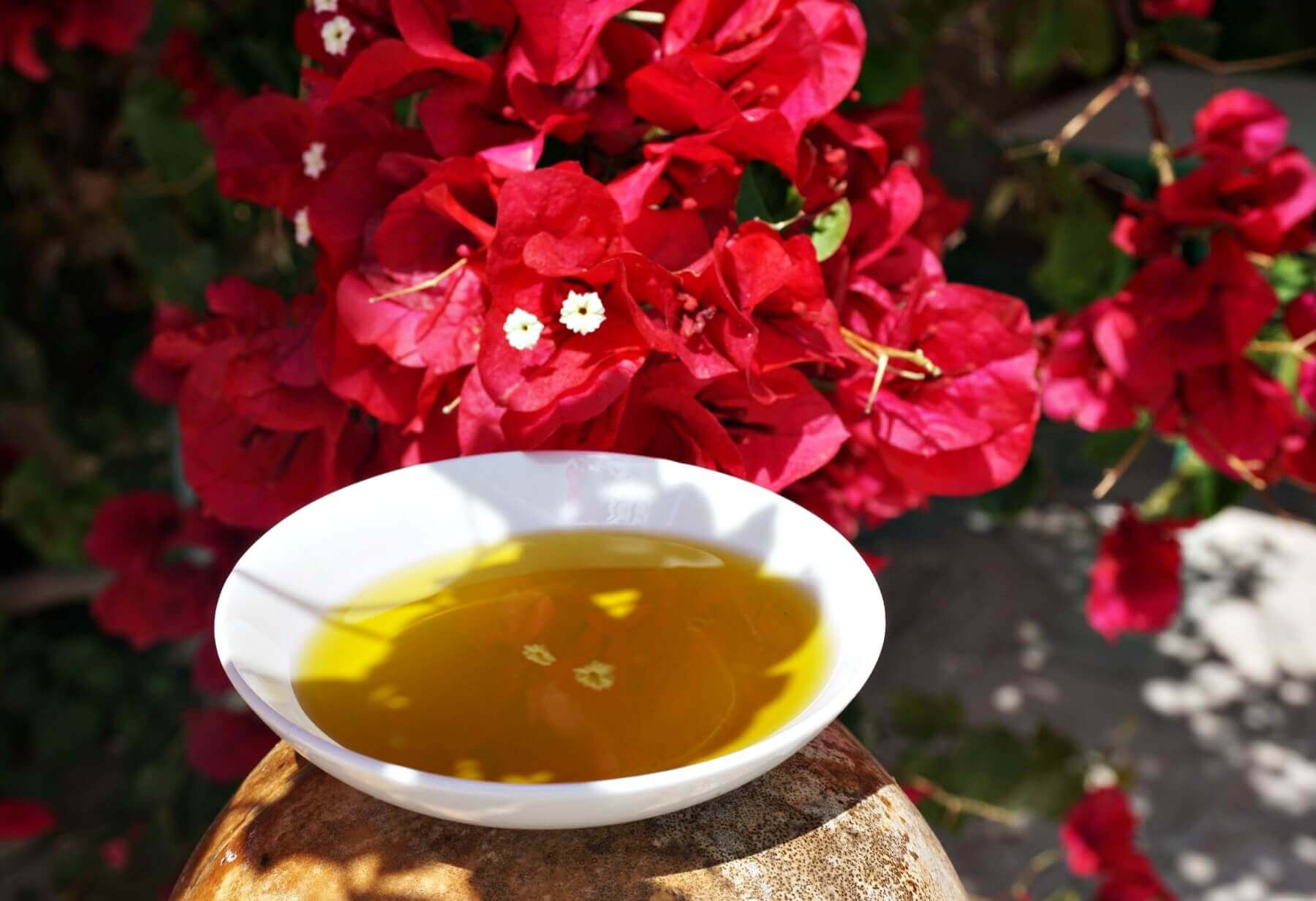What does EVOO mean? - Nowadays you can spot the term 'EVOO' in numerous recipes. What does EVOO mean? How is it made?