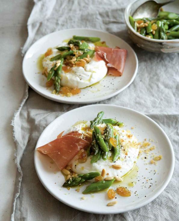 Burrata-with-asparagus