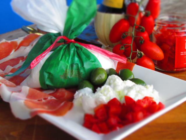 Tasting-the-Difference-Between-Buffalo-Mozzarella-Mozzarella-And-Burrata