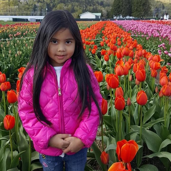 FLOWER GIRL: ANDREIA COLOMA -