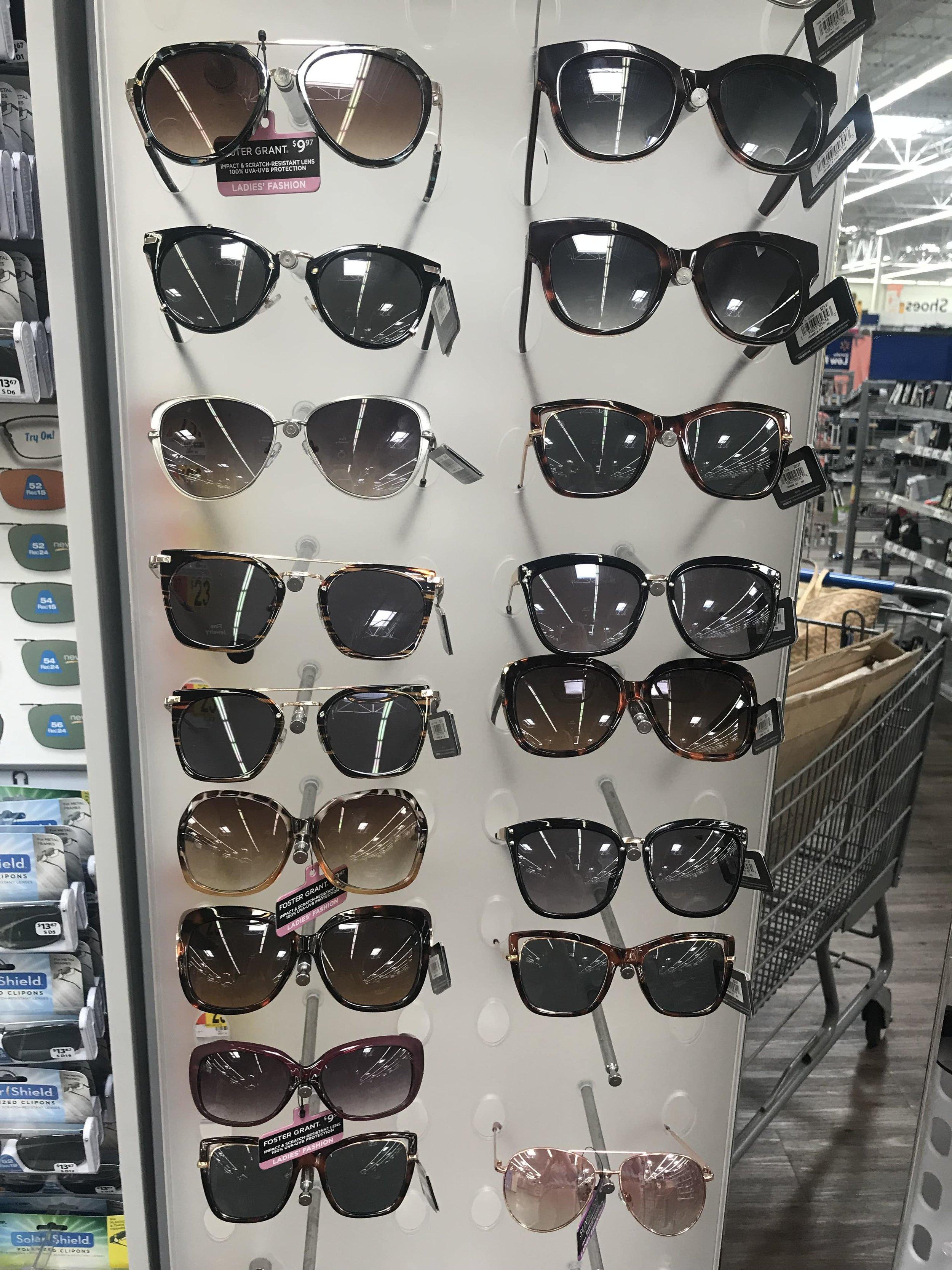 Walmart-Foster-Grant-sunglasses-rack-min.jpg