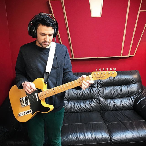 Rishi Neal Arora - guitar, bass & vocals