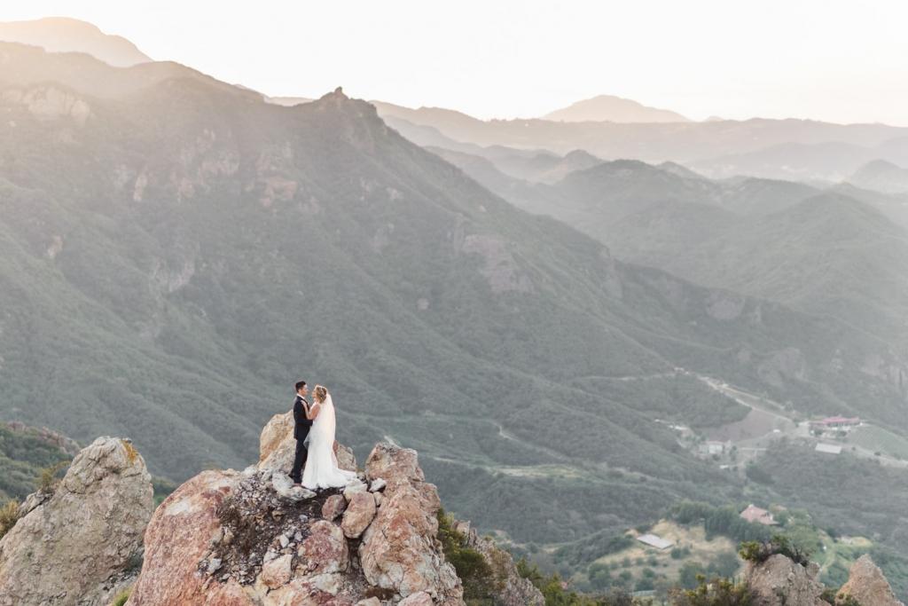 sanaz-photography-los-angeles-wedding-photographer-luxury-wedding-malibu-wedding-photographer-malibu-rocky-oaks-43-1024x683.jpg
