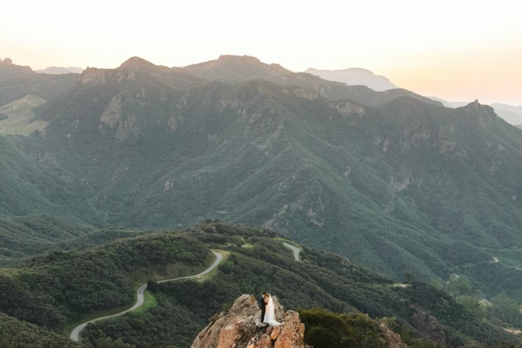 sanaz-photography-los-angeles-wedding-photographer-luxury-wedding-malibu-wedding-photographer-malibu-rocky-oaks-51-1024x683.jpg