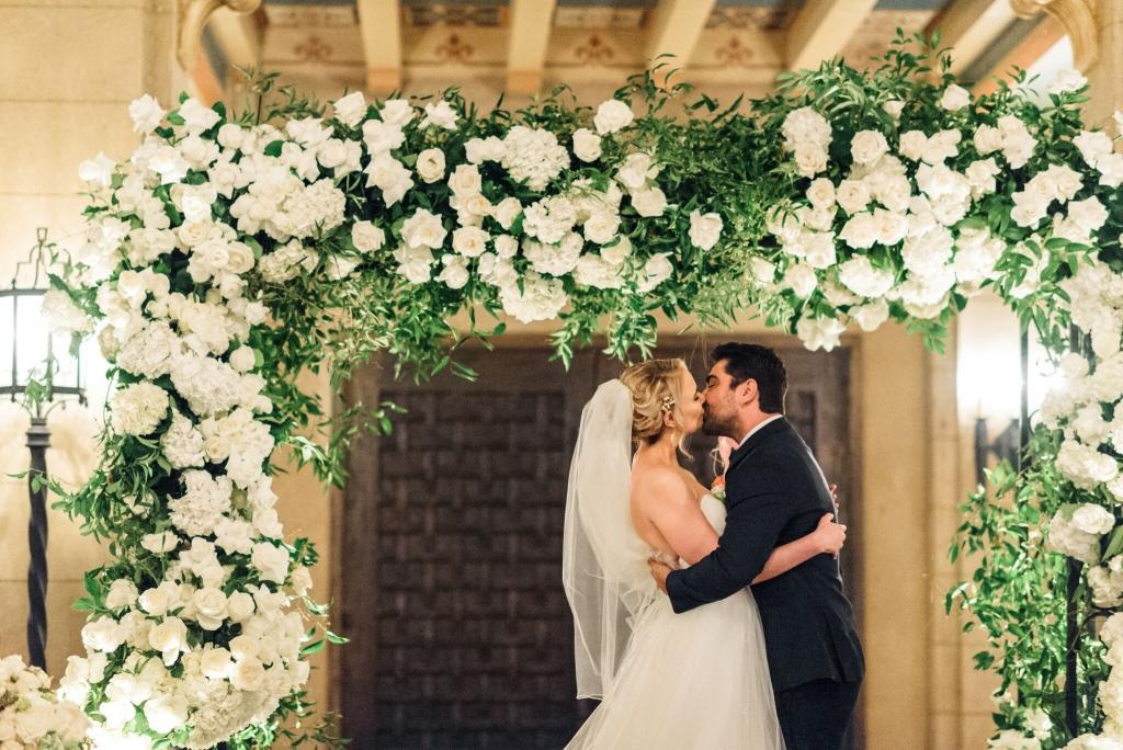 Roosevelt-Hotel-wedding-Los-Angeles-Wedding-photographer-Sanaz-Photography-29-1024x684.jpeg
