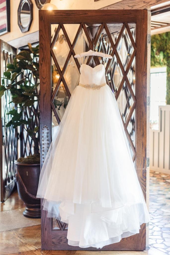 Roosevelt-Hotel-wedding-Los-Angeles-Wedding-photographer-Sanaz-Photography-35-684x1024.jpeg