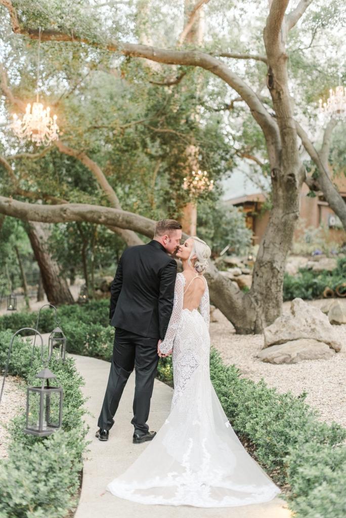 calamigos-ranch-wedding-malibu-wedding-calamigos-ranch-wedding-photos-sanaz-photography-luxury-wedding-photography-santa-barbara-wedding-111-684x1024.jpg