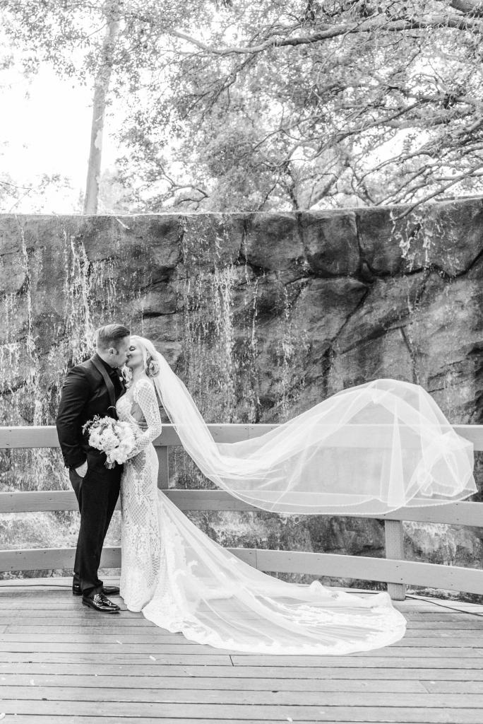 calamigos-ranch-wedding-malibu-wedding-calamigos-ranch-wedding-photos-sanaz-photography-luxury-wedding-photography-santa-barbara-wedding-119-684x1024.jpg
