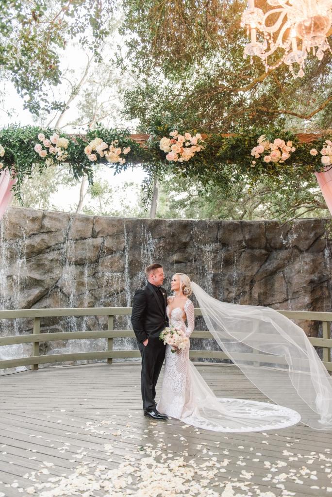 calamigos-ranch-wedding-malibu-wedding-calamigos-ranch-wedding-photos-sanaz-photography-luxury-wedding-photography-santa-barbara-wedding-120-684x1024.jpg
