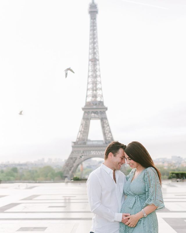 We had to keep our tradition and did a quick self portrait while in Paris and this time w the 🤰🏻🥰. Baby 👶🏻 Riggio 💙 is due end of July and we couldn't be more excited. It's still kinda surreal that that we will become parents soon 😬...it's been quite a journey to get this far and I'm scared and excited all at the same time and hoping I'll be a good mom 🤱🏻. Thank you to all my family and friends for all your support in the past year and half 🙏🏼 #becomingparents #ivfbaby #pregnantinparis #miraclebaby