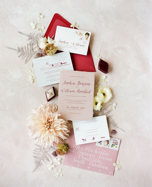 Who else has a love affair with pretty wedding paper?! #weddingstationery #weddinginvitations #weddingstyling #weddingstylingworkshop #photographyworkshop #weddingphotographyworkshop #weddingflatlay #flaylaystyling