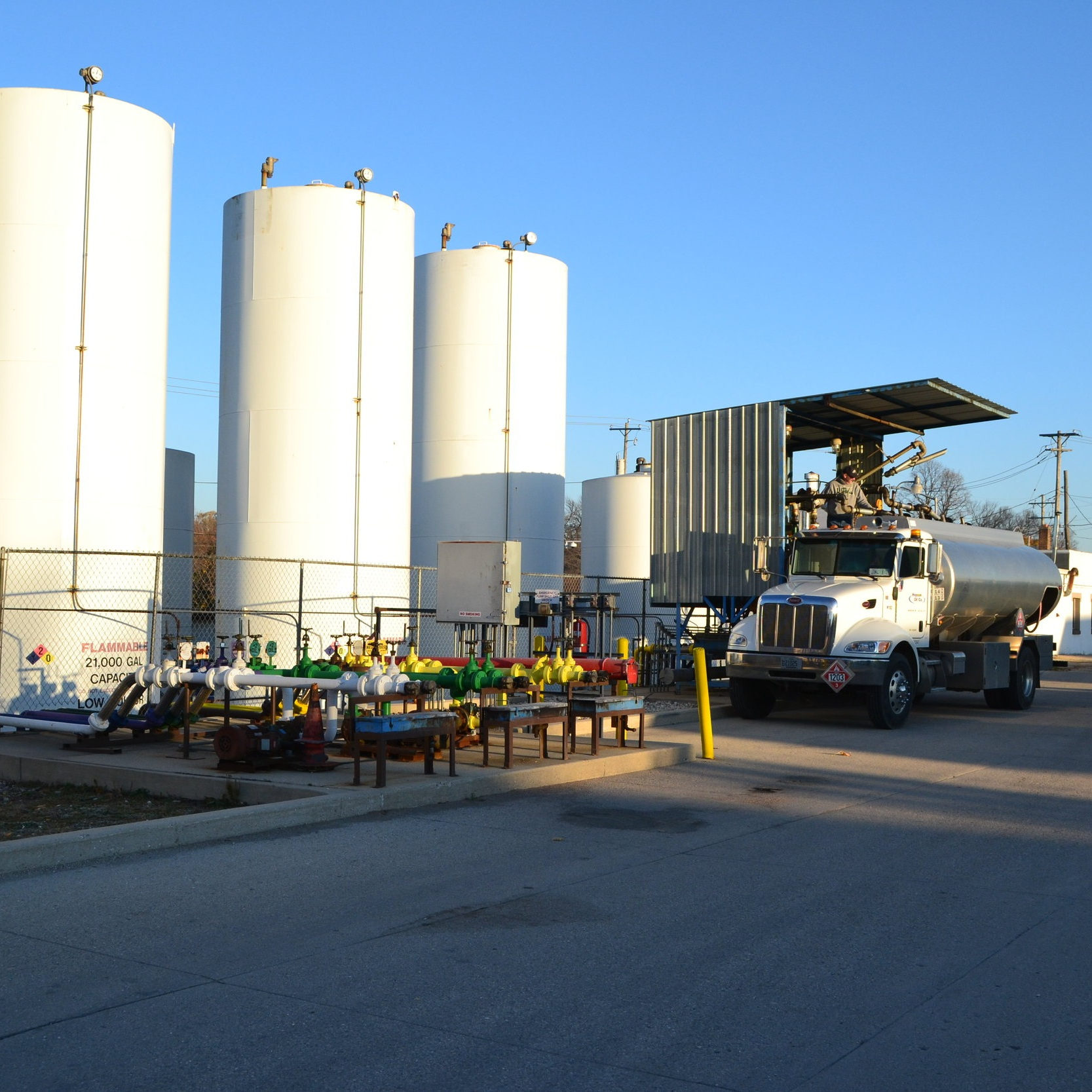 2013 - E.H. Wolf & Sons acquires Hopson Oil in Waukesha, WI