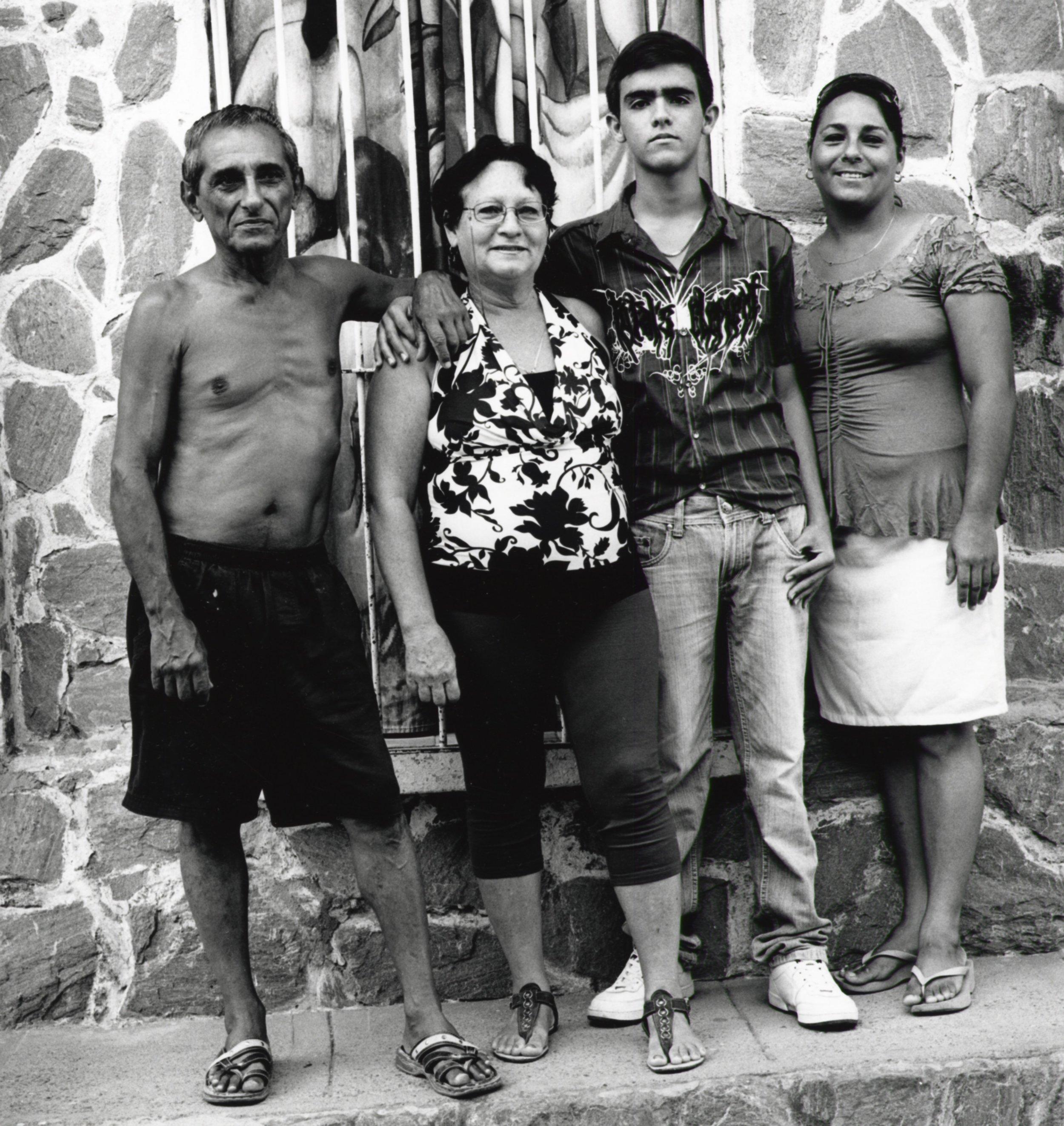 Gato Family - Trinidad Cuba 2015
