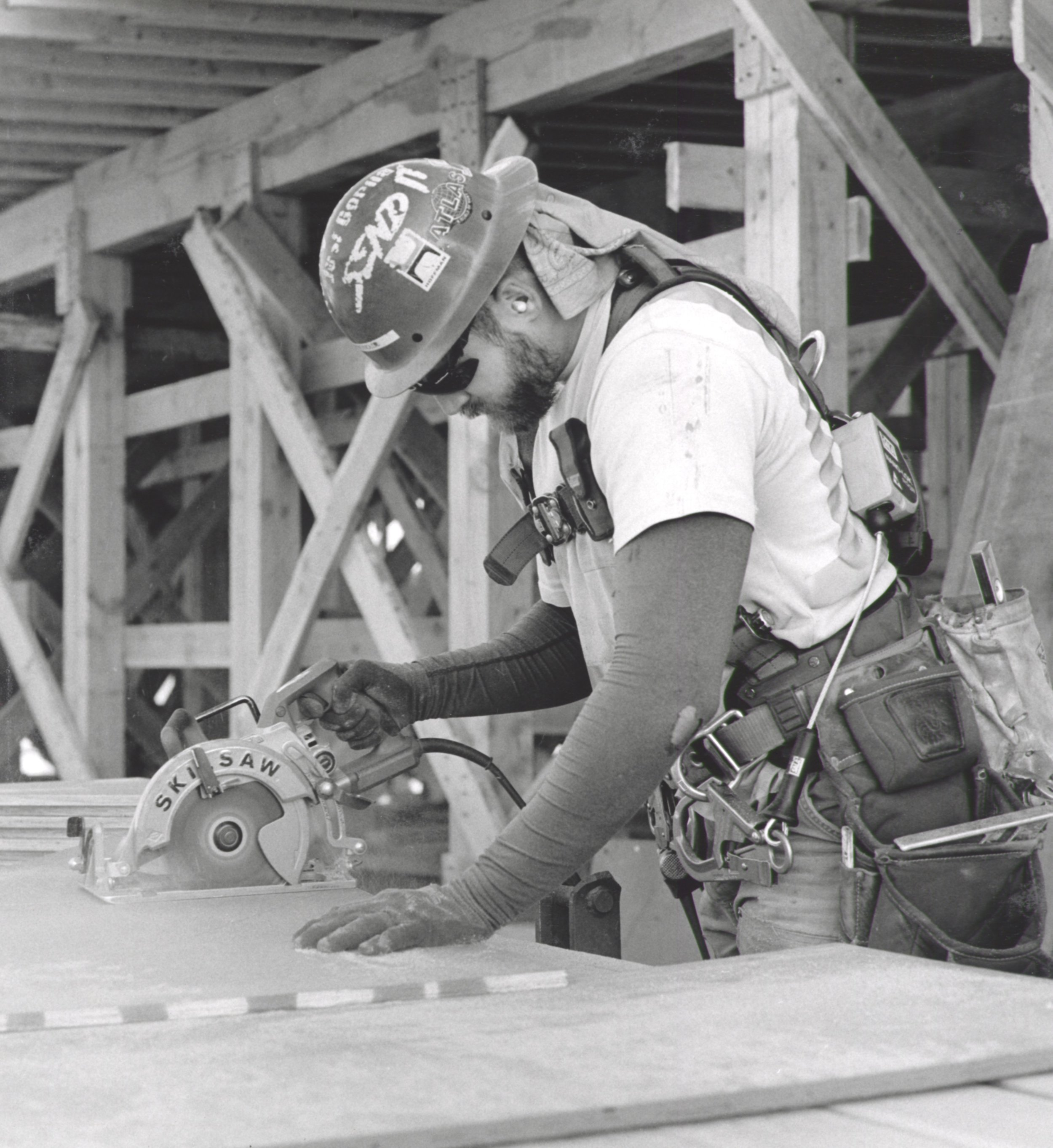 Carpenter Using Skill Saw - 2018