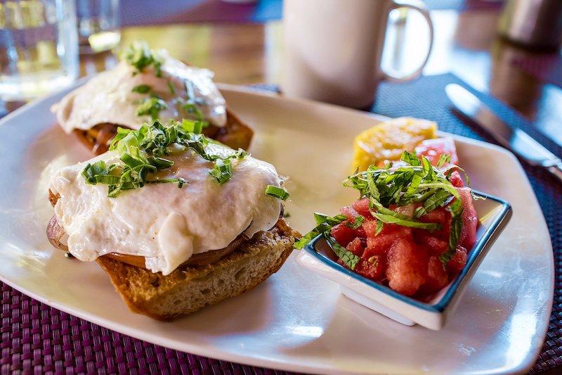 country-eggs-brunch-menu.jpg