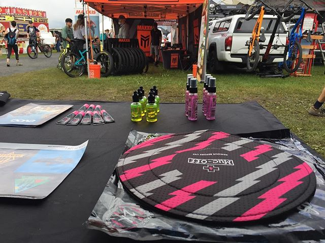 It rained all night so it's a bit muddy here. Stop by the #yourbestride van and grab some much needed Muc Off to keep your bike running smooth. #getthatmucoff #mucoff #marinbike #goodyearbike #evocusa #senahelmet